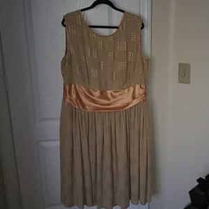 Gold ModCloth dress with gold sash size 3X